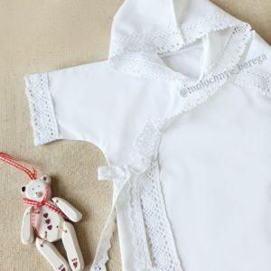 Крестильная рубашка-распашонка с капюшоном